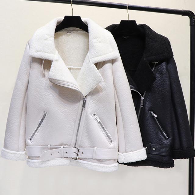 Ly Varey Lin Winter Faux Lamb Leather Jacket Women Faux Leather Lambs Wool Fur Collar Pu Moto Zipper Jacket Warm Thick Outerwear