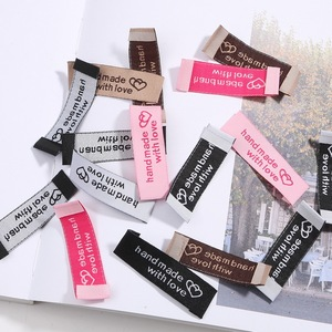 Free shipping 20pcs/lot 50x15mm Handmade tags Woven Printed Labels Clothes Garment label DIY tags Craft Sewing Accessories