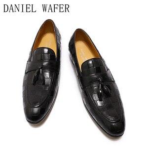 Image 5 - 高級メンズローファーイタリア本革の靴のファッションチェック柄プリントレースアップウェディングオフィスカジュアルドレスシューズ男性