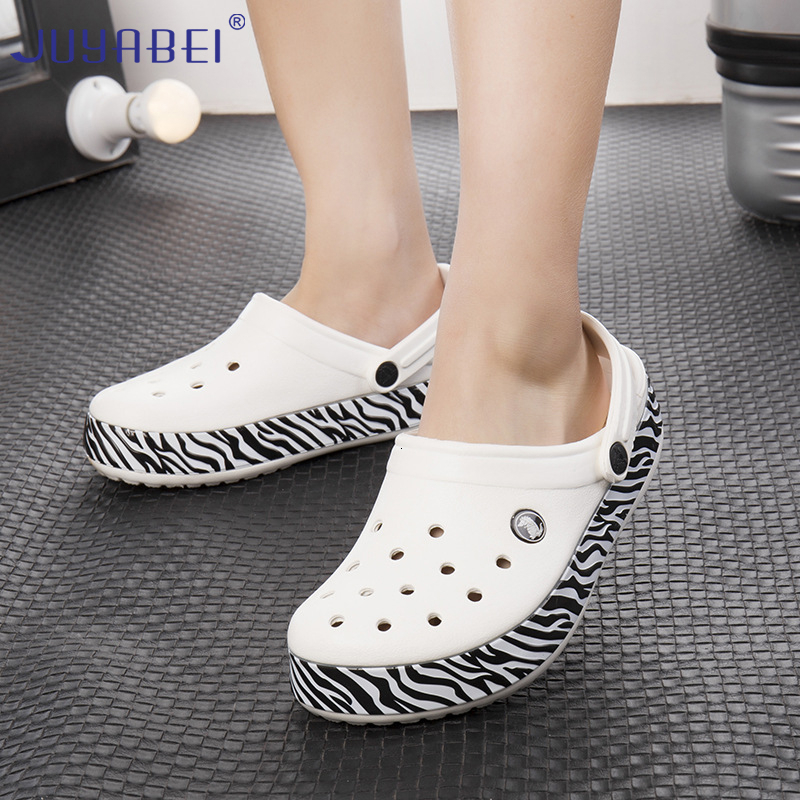 Stripe Anti-slip Medical Shoes Unisex Surgery Shoes Hospital Laboratory Beauty Salon Dental Clinic Doctor Nurse Work Slippers