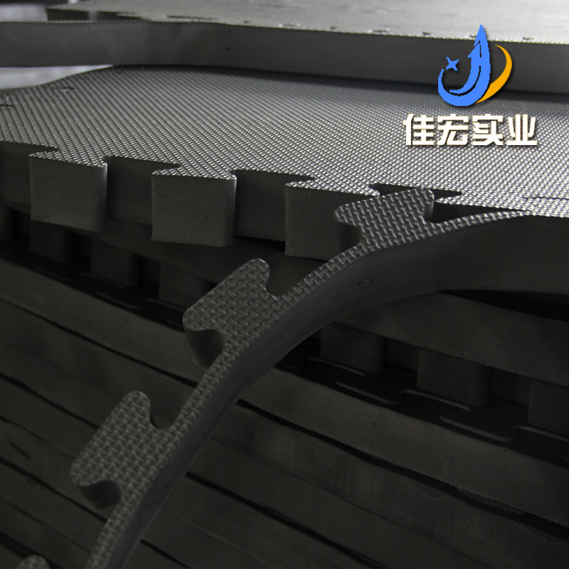 Noir et blanc avec motif motif croix Taekwondo tapis Sub-4 Cm EVA mousse tapis de sol 100*100 Judo Fitness Joint Pad