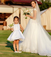 Cute White Flower Girl Dresses with Big Bow Sash A Line Knee Length Little Girls Wedding Party Wear Birthday Dress