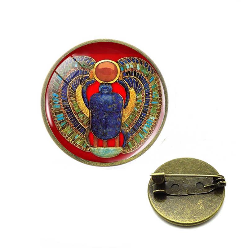 2019 Simbolo di Forza Scarabeo Egizio Cupola di Vetro spille Antico Occhio di Horus Egitto perni Dei Monili di Modo di Fascino del Regalo Delle Donne