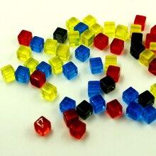 100Pcs 8mm Gelegentliche Farben Transparent Platz Ecke Bunte Kristall Würfel Schach Stück Rechten Winkel Sieb Cube Puzzle Spiel spielzeug
