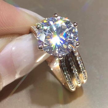 Huitan Luxury Gold Color Women Engagement Wedding Rings Inlaid Shiny CZ Noble Party Jewelry Fine Anniversary Gift Fashion Rings