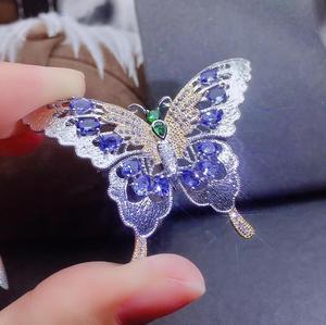 Naturalny niebieski tanzanit broszki wisiorek S925 srebrny naturalny kamień szlachetny broszki moda grace motyl dziewczyna biżuteria ślubna