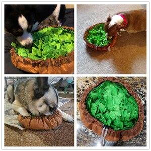 Image 2 - Benepaw אינטראקטיבי כלב פאזל צעצועי לעודד טבעי ליקוט מיומנויות נייד Nonslip לחיות מחמד לאנפף מחצלת איטי מזין קל נקי