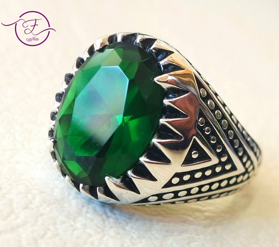 Emerald Green Zircon Vintage Men Emboss Ring Punk Style Party Band Gift