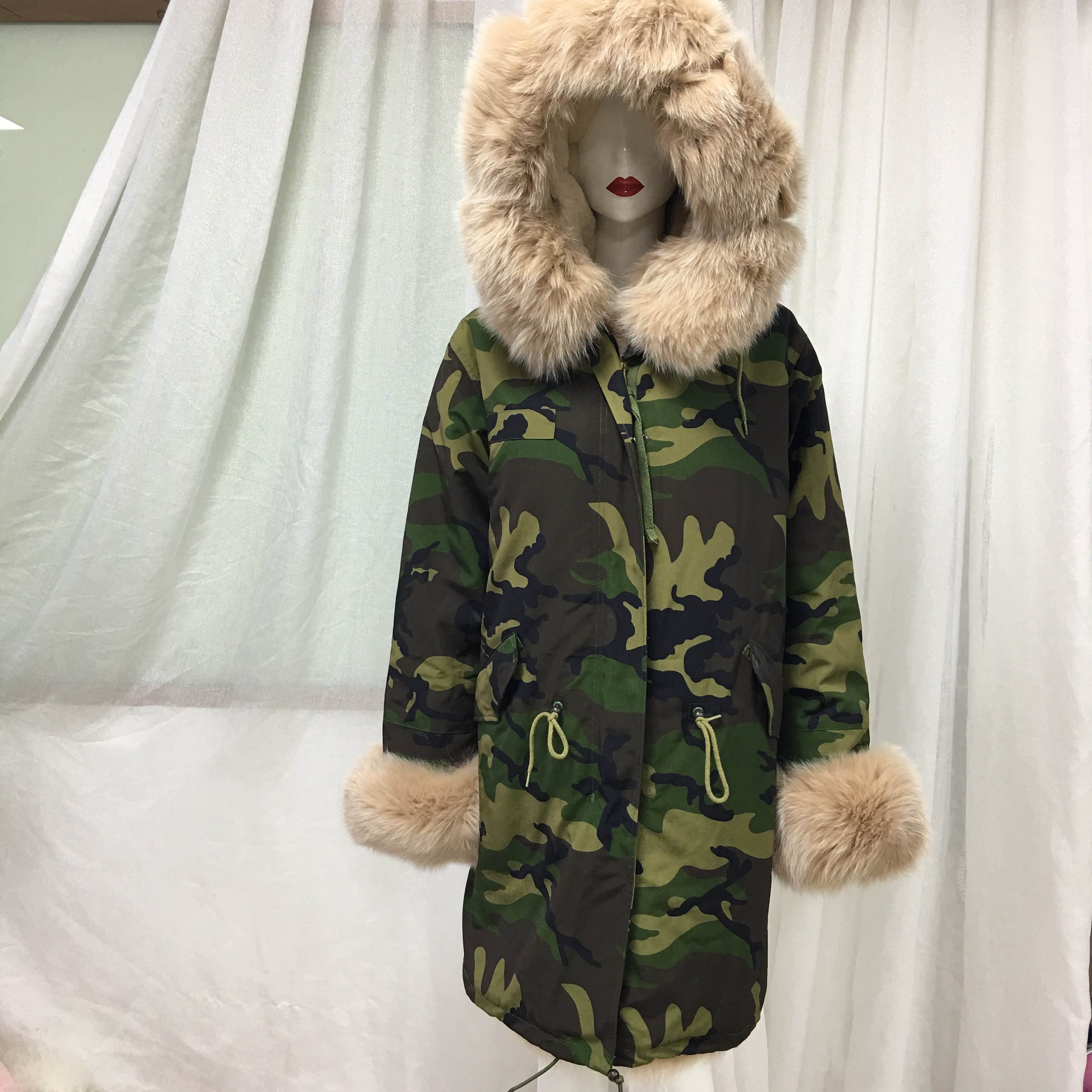 Latest Pretty Leisure Casual Women Apricot Real Tartan Fox Fur Front Cuff Collar Long Camouflage Winter Jacket
