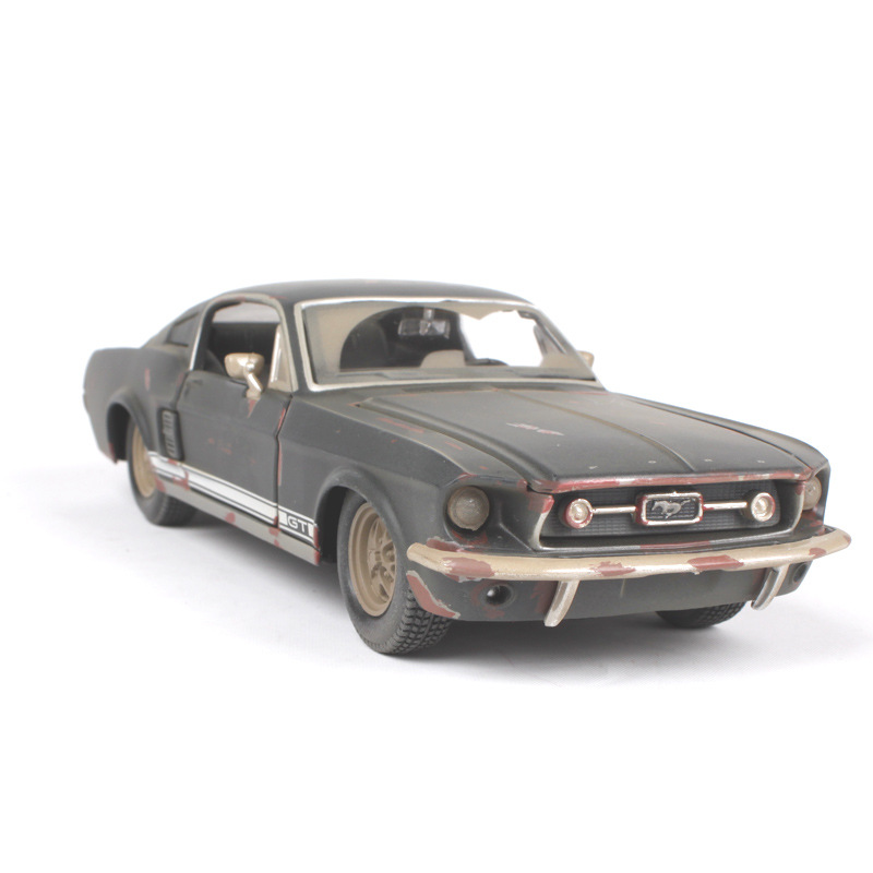 <font><b>1:24</b></font> car model old <font><b>Ford</b></font> <font><b>Mustang</b></font> GT alloy car model Door, the hood can be opened kids car toys image