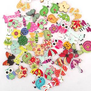 50 PCS Mixed Random Cartoon Painted Wooden Button DIY Buttons Sewing Scrapbooking Clothing Accessories