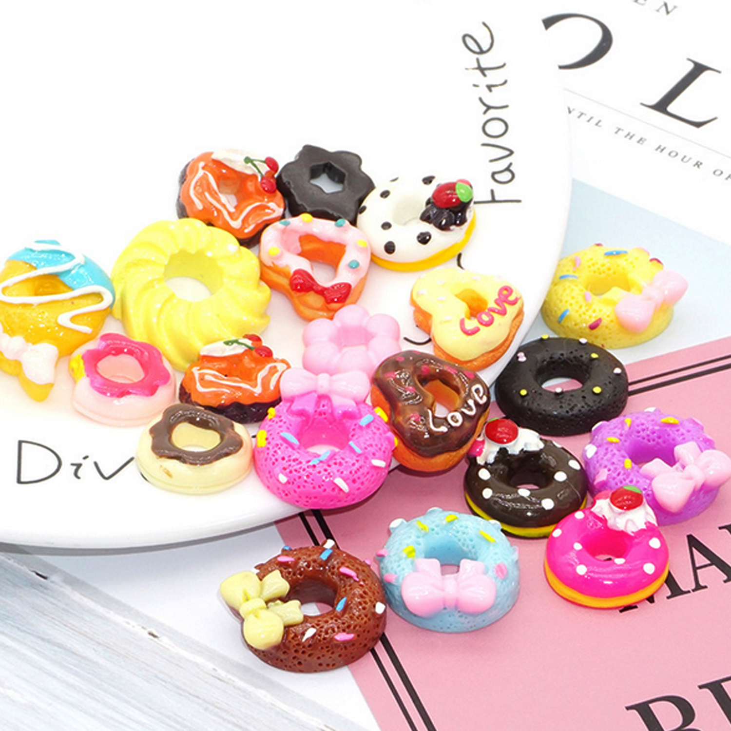 10PCS Cute Mini Resin Doll Food Doughnut Donut Bread Miniature Dollhouse Kitchen Furniture Accessories For Barbie Doll House Toy