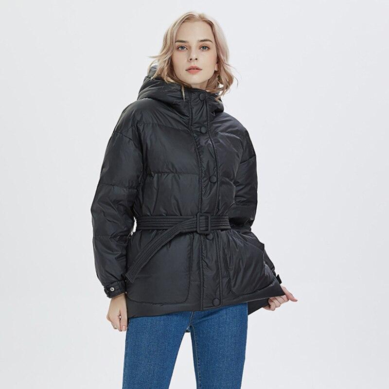 2019 Winter Ultra Light Women Down Jacket Warm White Duck Down Hooded Parkas Female Snow Outerwear With Belt Women Down Coat