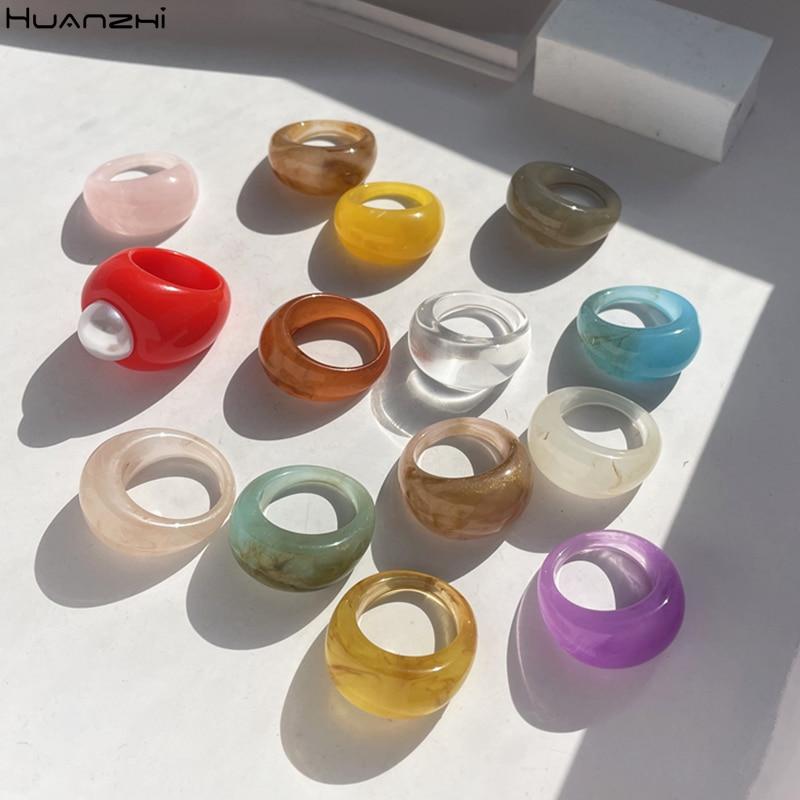 HUANZHI 2021 Ретро разноцветное прозрачное кольцо из смолы геометрические открытые круглые мраморные узорные кольца для женщин нежные ювелирны...