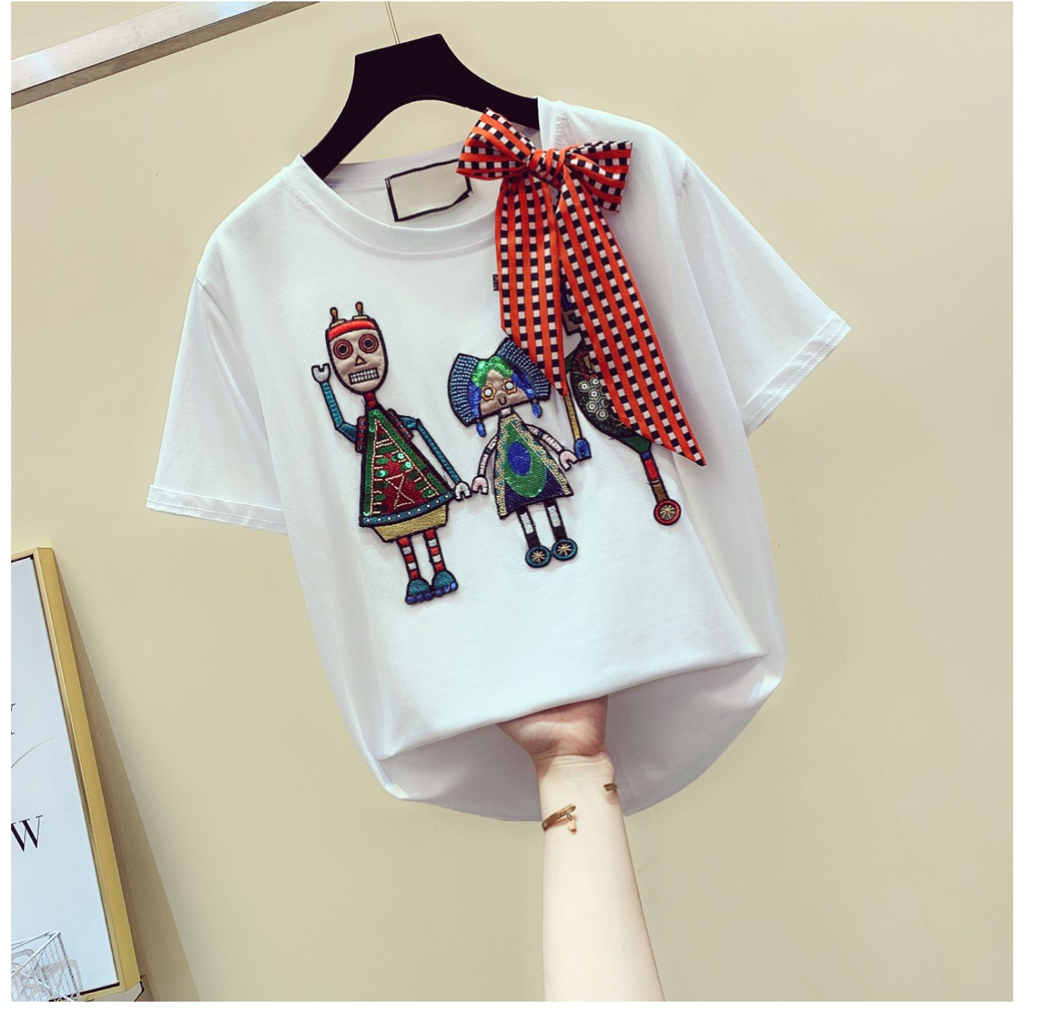 Embroidery sequins cartoon short sleeve t shirt women o-neck bow tee shirt femme cotton loose tshirt 2020 summer tops image