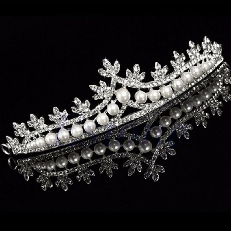 In Stock Wedding Accessories Bridal Fascinators Rhinestone Head Pieces Crystal Bridal Tiaras Crowns Wedding Gloves Shoes