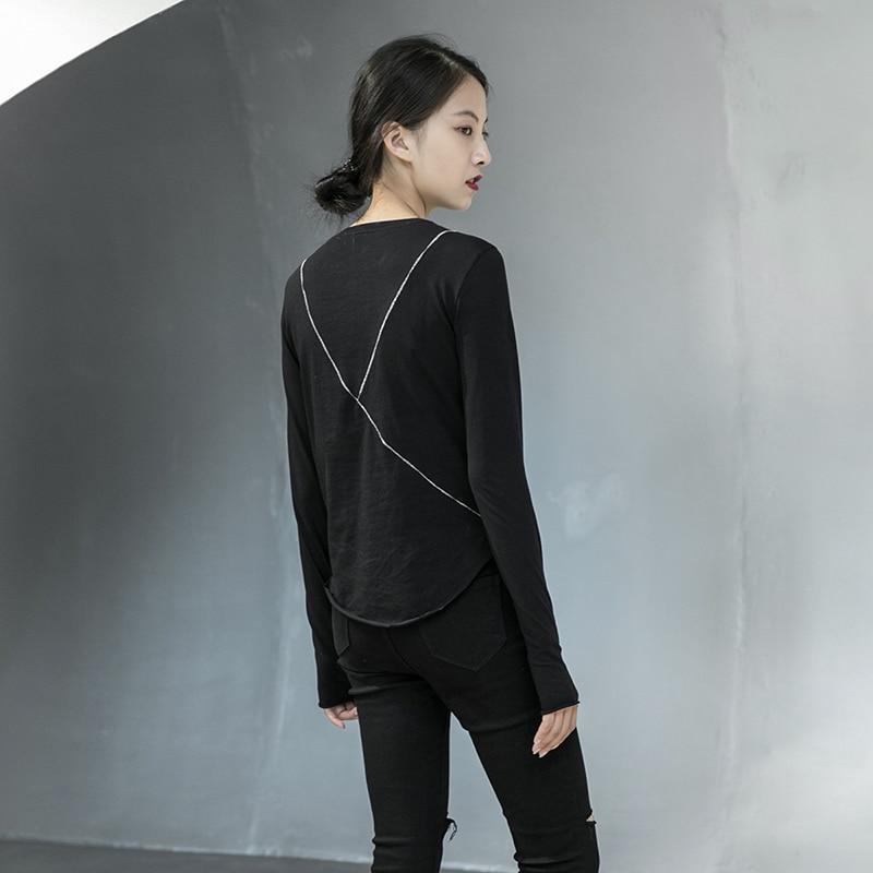 [EAM] Women Black Line Split Joint Temperament T-shirt New Round Neck Long Sleeve  Fashion Tide  Spring Autumn 2020 1DA905 2