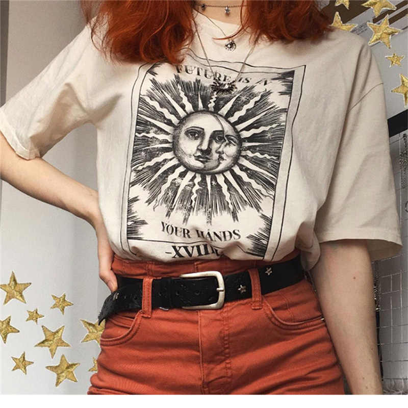 Retro Sun moon Harajuku t-shirt aesthetic Fashion women Tee Shirt Lady Girl Funny Leisure Round neck T-shirts Hipster