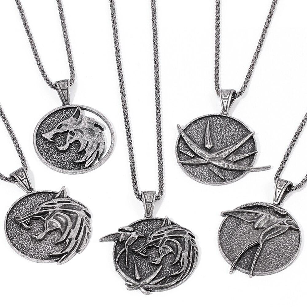 Collar redondo con medallón de lobo para hombre, colgante de Metal, cabeza de Lobo, golondrina, Geralt, Cosplay, joyería clásica