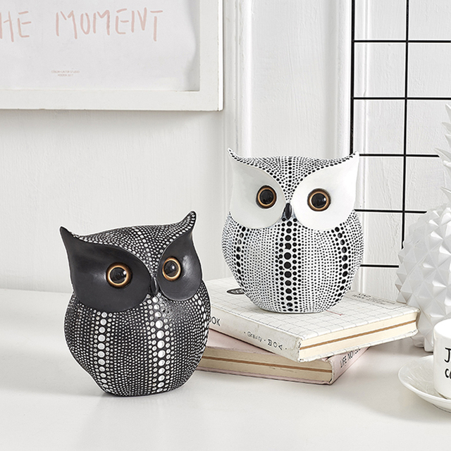 Nordic Style Minimalist Crafts White and Black Owl Animal Figurines Resin Statue Home Decoration Miniature Living Room Ornaments 1