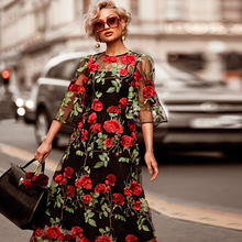 2019 Real Empire Women Dress Ukraine Europe And The Autumn New Womens Long Lace Embroidery Explosion Section Two-piece