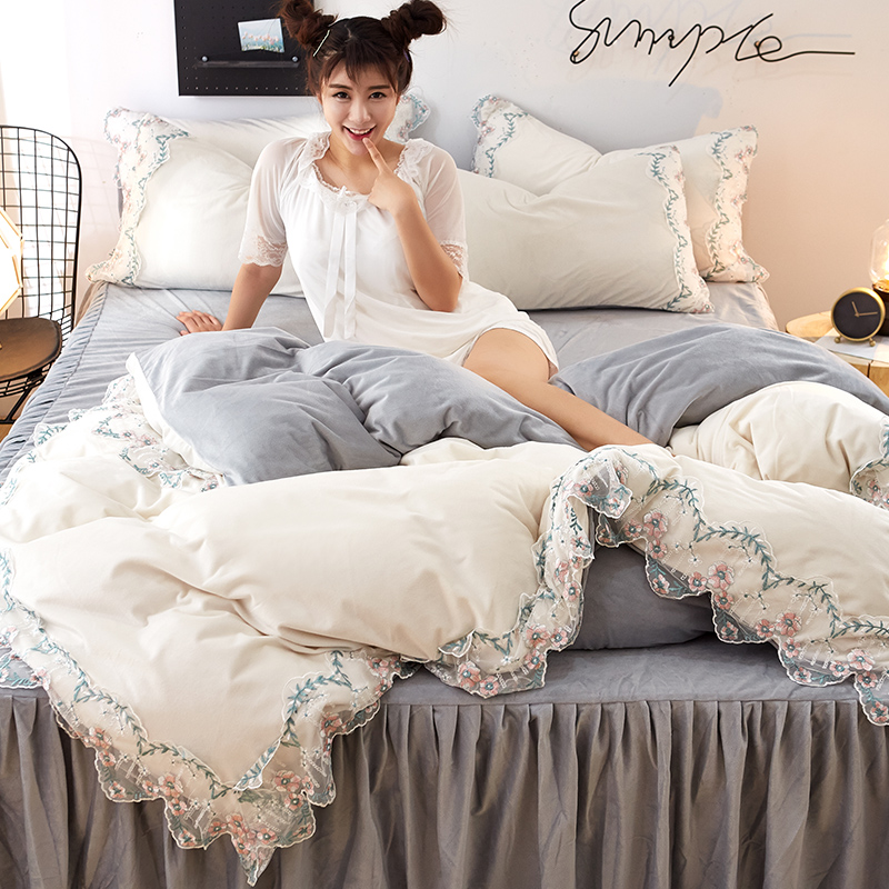 4pcs Warm Crystal Velvet Princess Style Lace  Bed Set Duvet Cover Bed Skirt Pillowcases Queen King White Grey Pink Girls Bed Set