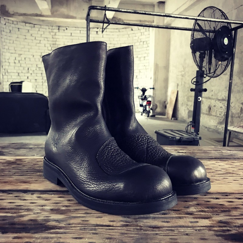 Retro Harajuku Autumn Winter Mens Genuine Leather Boots Fashion Side Zip Round Toe Thick Bottom Male Mid Calf Boots Plus Size