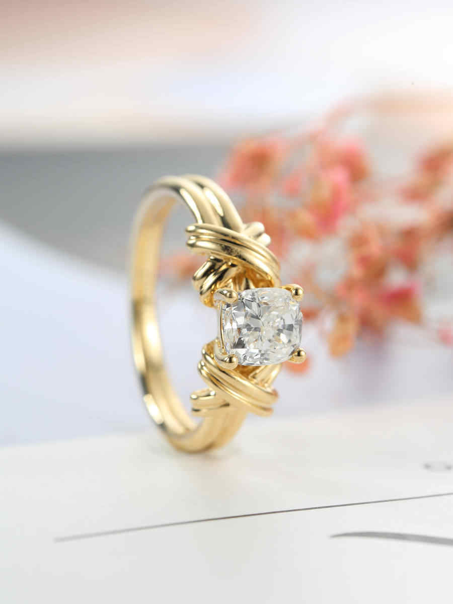 European gold single stone cute female retro wedding ring intertwined pattern ring female