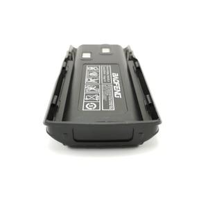 Image 2 - 5 pièces dorigine nouveau Baofeng UV 82 UV 8D talkie walkie 10km Li ion batterie 2800mAh BL 8 pour UV 8D UV 82 CB Radio Pofung UV82 UV8D
