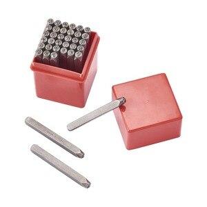 Image 2 - 36 pz/scatola di Ferro In Metallo Tenuta Francobolli Set Tra Cui Lettera A ~ Z Numero 0 ~ 8 e Ampersand & Nero metallo Tag Pendant Strumento di Stampaggio