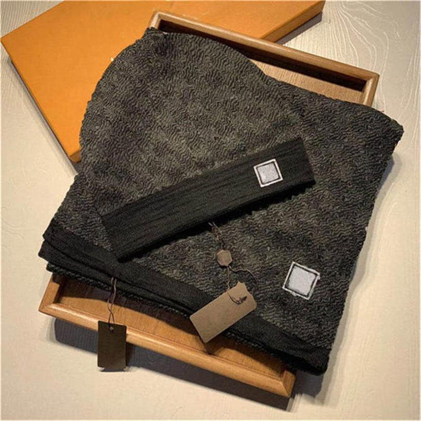 Classic plaid scarf set fashion hat scarf set for men and women winter wool scarf design shawl hat wool beanie wrap scarf