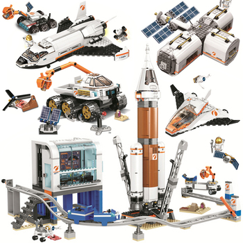 City Series Lunar Space Station Satellite Service Mission Research Shuttle Creator Building Blocks Bricks Toys For Kid Adult
