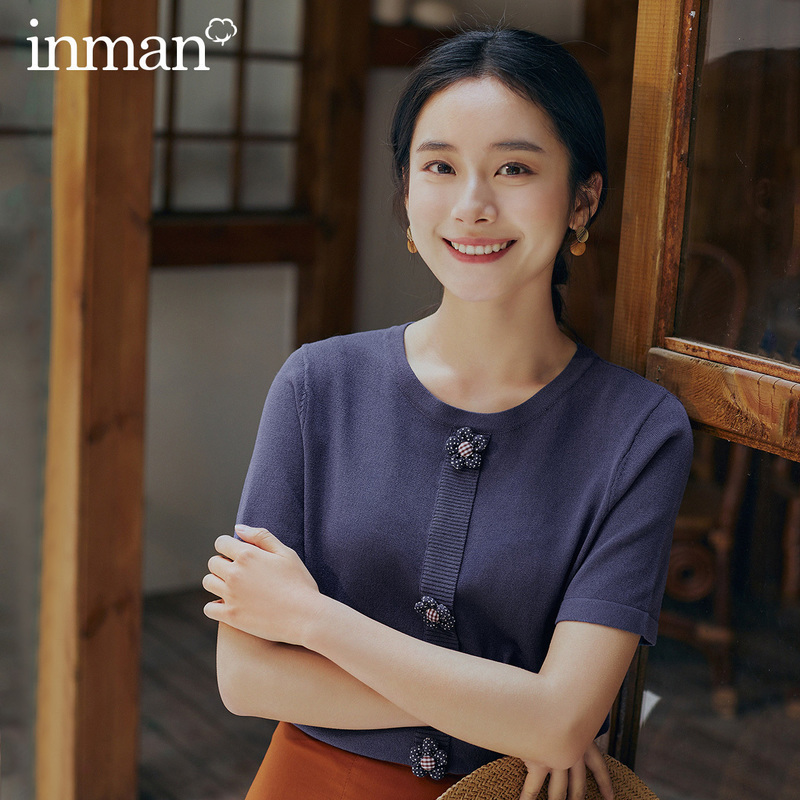 INMAN 2020 Spring New Arrival Literary Dimple Series Temperament Flower Short Sleeve Knitwear Slimmed Base Sweater