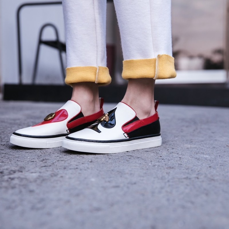 Femmes bout rond en cuir véritable abeille lèvres noir rouge coeur pique décor bas talon mocassins sans lacet mocassins chaussures 2 couleurs A1192 - 6