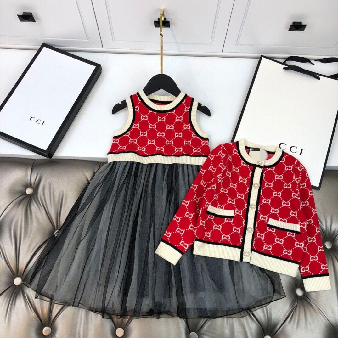 Conjunto qiu dong para niños, novedad de 20 años, vestido estilo oeste de alta sociedad para niñas + cárdigan con letras G
