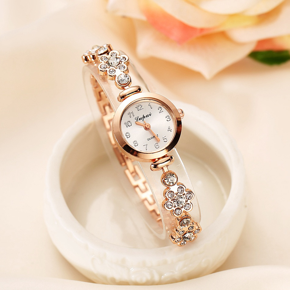 2018 Hot Sale LVPAI Watch Women Watches Luxury Crystal Diamond Bracelet Stainless Steel Quartz Wristwatches Ladies Dress Clock