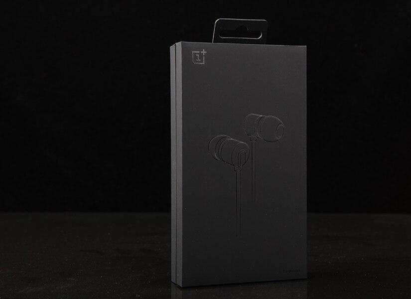 OnePlus Bullets V2 Earphones box