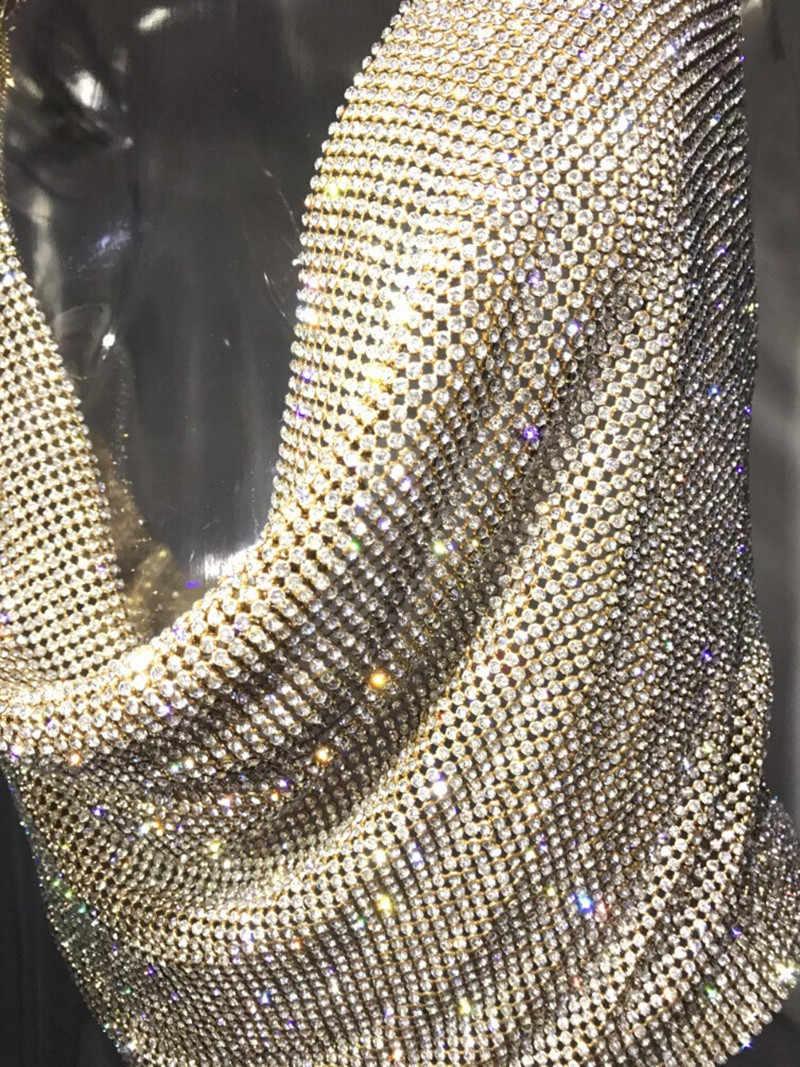 セクシーなラインストーンバックレスパーティークロップトップ女性 2019 夏カットアウトキャミソールディープ V ネックナイトクラブダイヤモンド金属銀タンクトップ