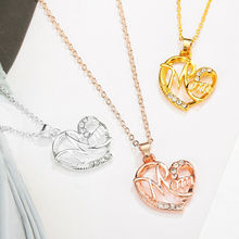 2019 New Fashion Heart Shape Design MOM Pendant Necklace Crystal Mother's Day Gift Beauty Accessories Christmas Gift