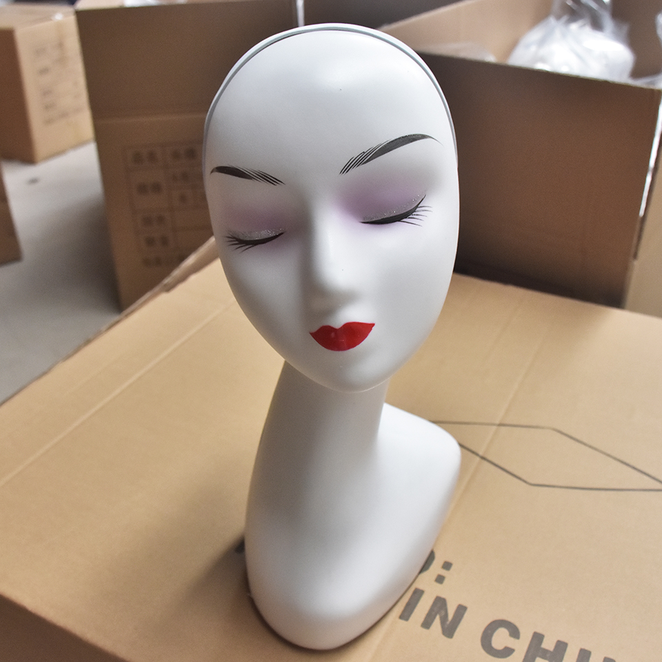 Top Selling Female Mannequin Head Without Hair For Making Wig Stand and Hat Display Cosmetology Manikin Training Head