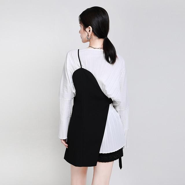 [EAM] Women Loose Fit Black Irrgular Bandage Stitch Vest New V-collar Sleeveless   Fashion Tide Spring Autumn 2021 1DA977 4