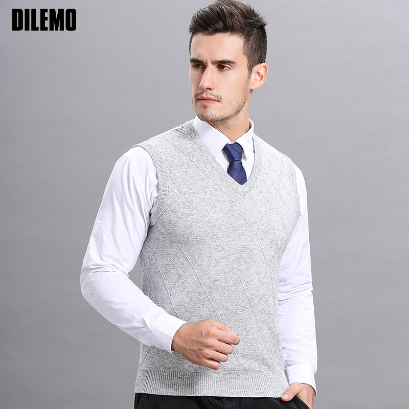 Fashion Brand Sweaters Mens Pullover Jumpers Knitred Vest Sleeveless Autumn V Neck Slim Fit Korean Style Casual Men Clothes