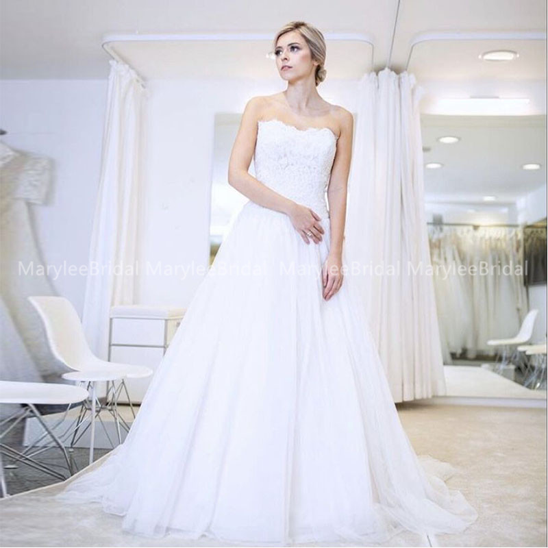 Strapless A-line Wedding Dresses Appliques Tulle Vestido Longo Bridal Gown White Ivory Sweep Train Robe De Mariee Rochie Mireasa
