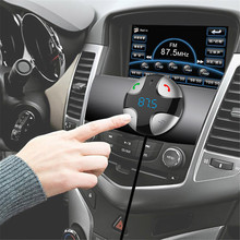 купить Car MP3 Player Car Bluetooth FM Transmitter Handsfree Car Kit MP3 Music Player Radio Voltage Monitor TF U Disk 2 USB Car Charger по цене 752.27 рублей