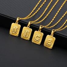 A z подвеска с буквенным принтом золотого квадрата алфавита