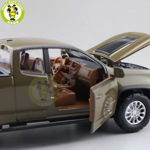Image 5 - Camioneta COLORADO fundida modelo de camión para coche, juguetes para niños, regalos, 1/31, 2018
