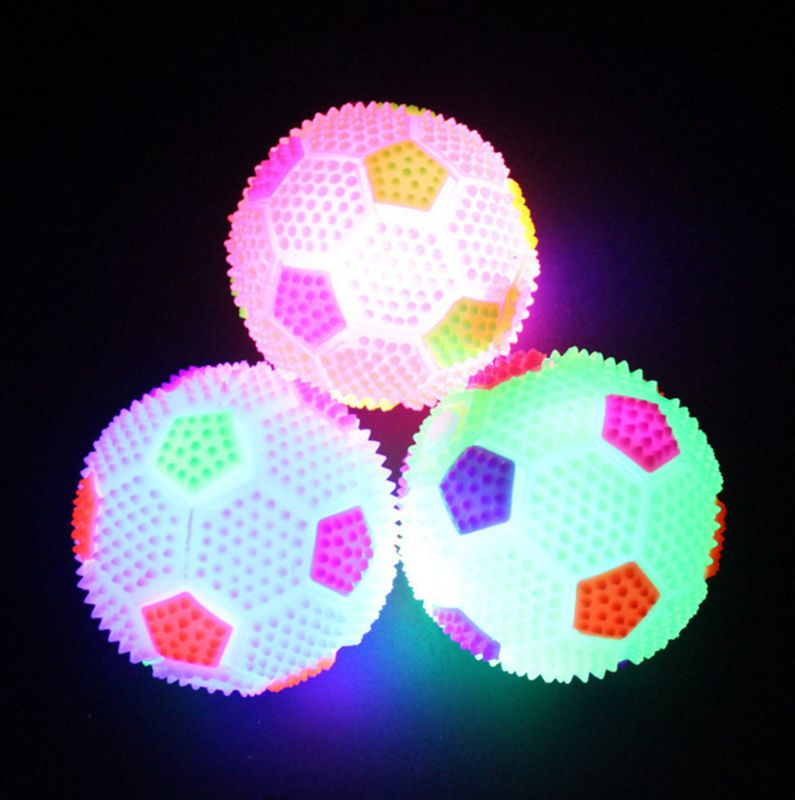Squeeze Sound Sports Soccer Ball Illuminate Color Changing Light Baby Intelligence Development Kids Educational Toys Q6PD