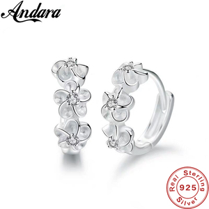 New 925 Sterling Silver Earrings Small Flower Round Earrings Female Charm Jewelry Gift