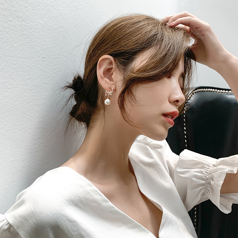 Earrings Korean temperament net red 2020 new wave earrings flowers Personality elegant exquisite quality Fashion Stud Earrings