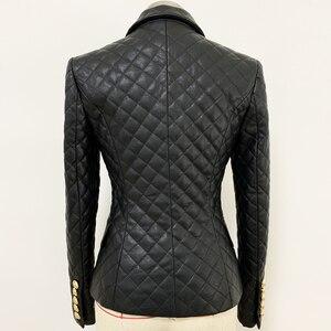 Image 3 - Chaqueta de cuero sintético ajustada con botones de León para mujer, chaqueta femenina de alta calidad, con relleno de algodón, 2020